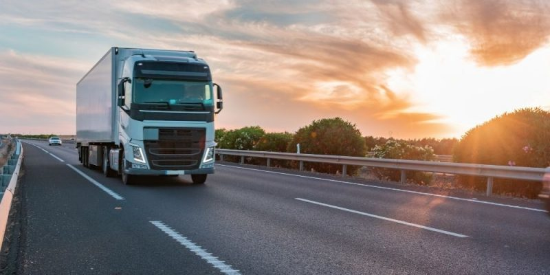 Benefits of Refrigerated Trucks in Transporting Perishable Goods